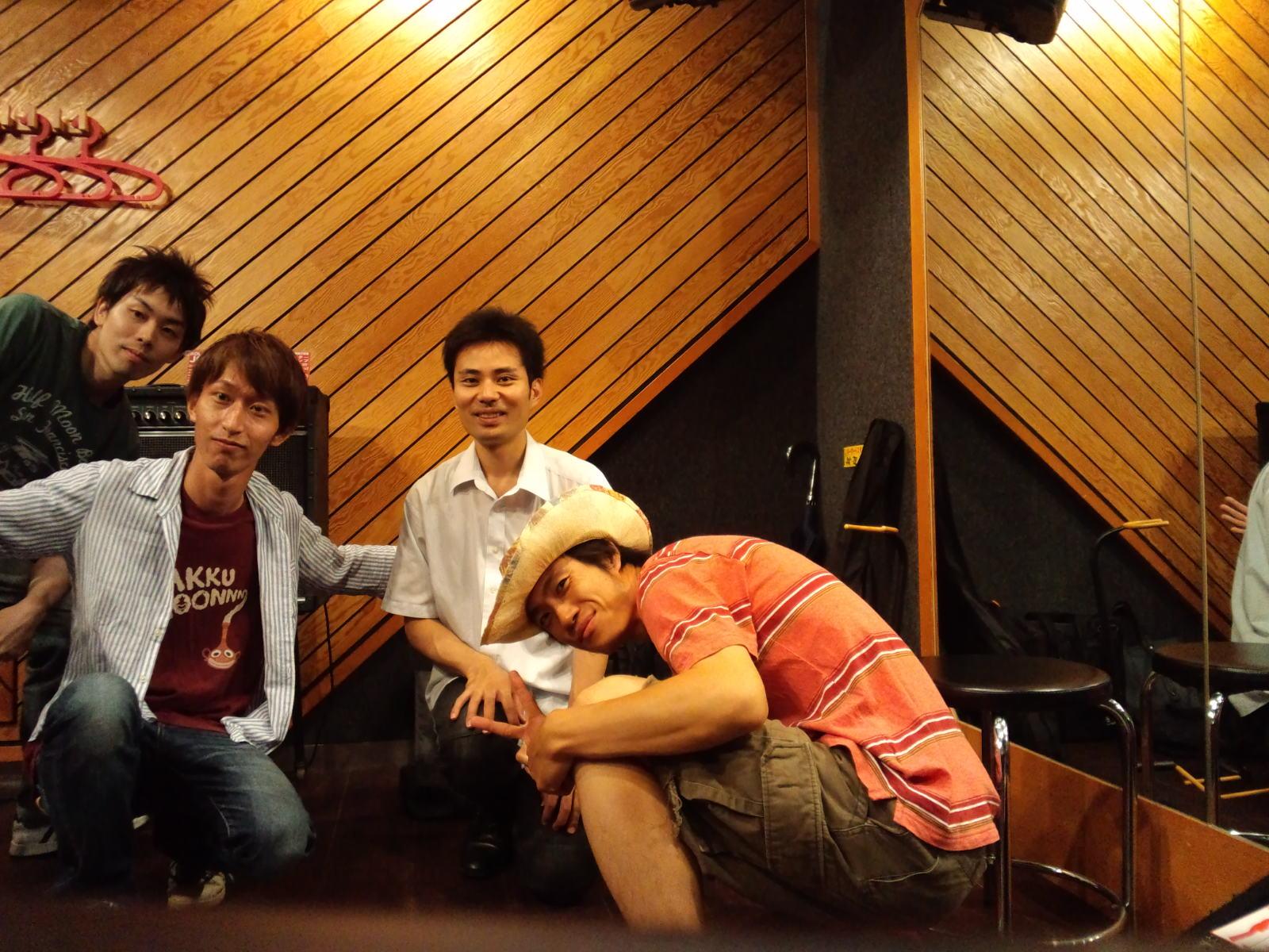 8月12日ピアノ&ギターサポート出演決定